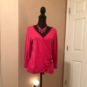 Hot pink lightweight quarter length sleeve sweater